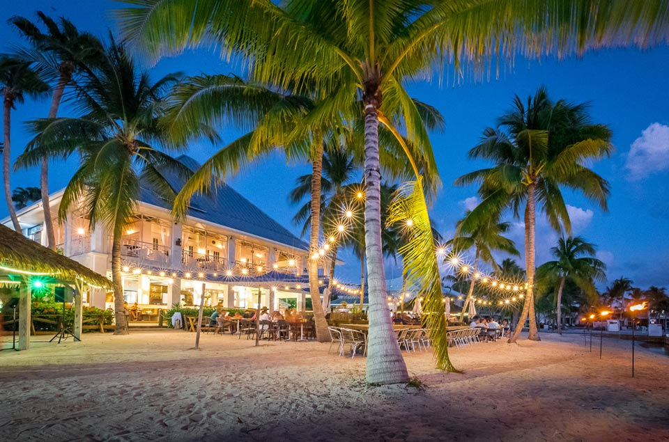 Cayman Waterfront Dining
